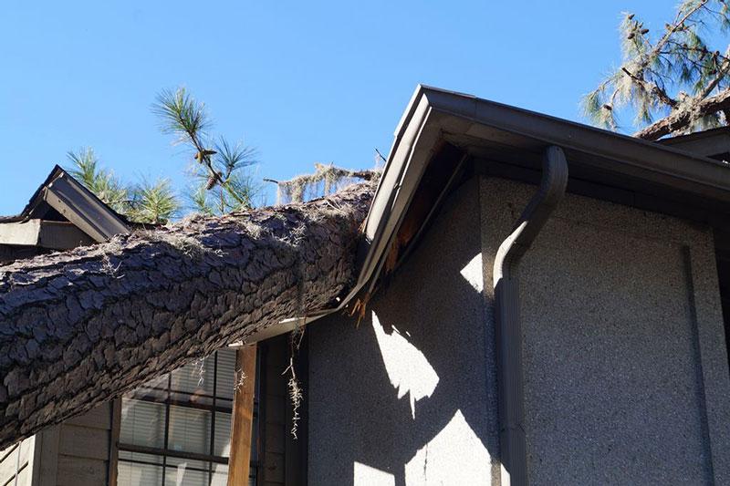 Réparation de toiture dans les Landes